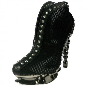 Hades VESPER/BLK Slip on this sexy and curvy bootie with shiny, black, two layered reptile print. Small metal studs line the center from top to bottom of the boot.